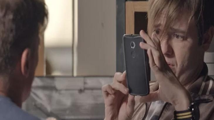 """Totalmente Demais: Arthur se humilha por perdão e Carolina zomba: """"A que ponto"""" - Novelas - NaTelinha"""