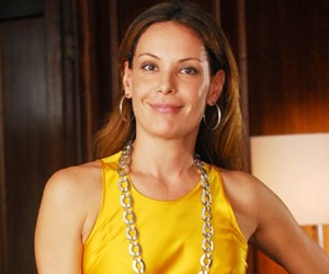 Carolina Ferraz explica que deixou peça por causa da morte de Marília Pêra