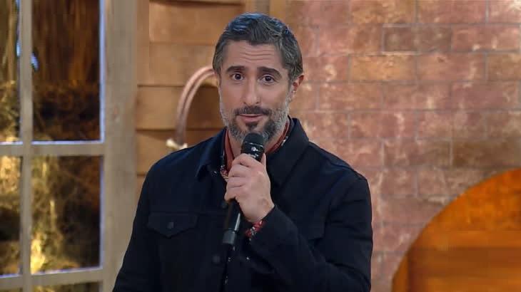 O apresentador Marcos Mion comanda A Fazenda 2020