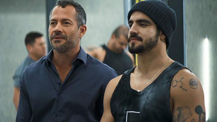 Agno se interessa por Leandro e o leva para morar com ele - Reprodução/TV Globo