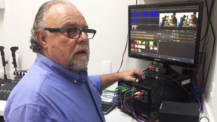 Ex-diretor da Globo comemora pioneirismo nas redes sociais com primeira TV da web