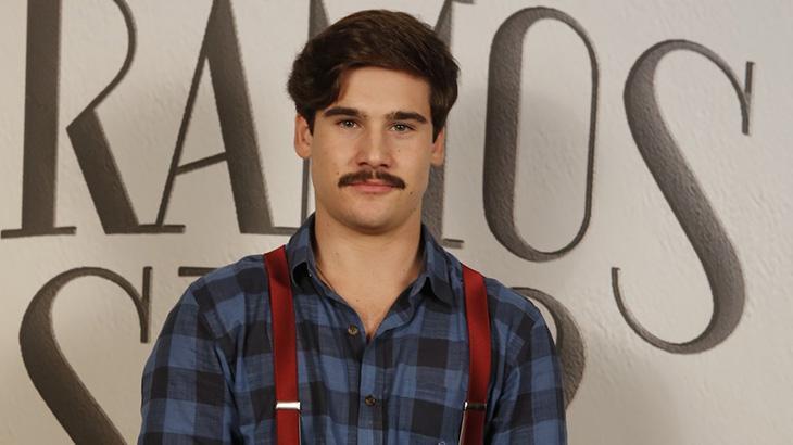 Nicolas Prattes como Alfredo de