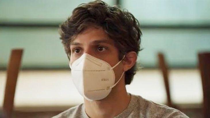 Danilo de máscara