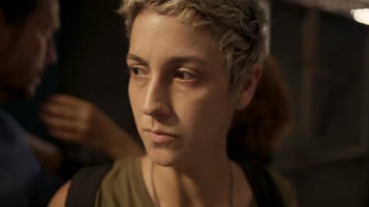 Amanda está com os dias contatos em Amor de Mãe - Globo/Reprodução