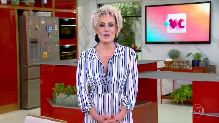 Ana Maria Braga durante o Mais Você