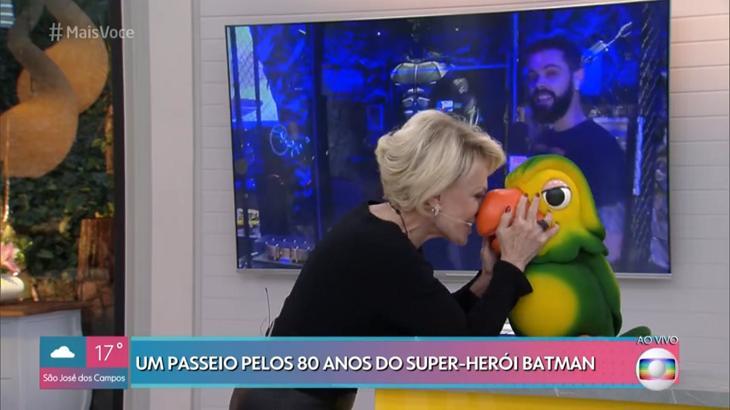 Ana Maria Braga beijou o Louro José - Foto: Reprodução/Globo