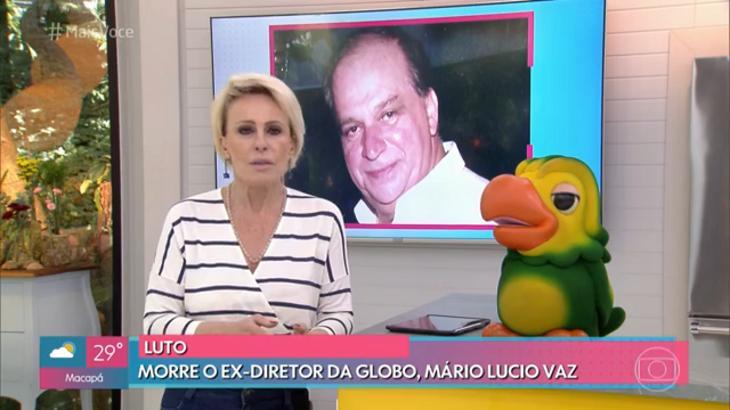 Ana Maria Braga homenageando Mário Lucio Vaz