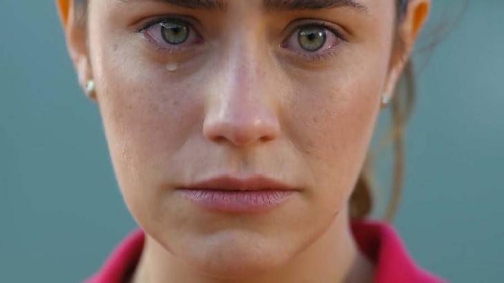 Ana chorando em A Vida da Gente
