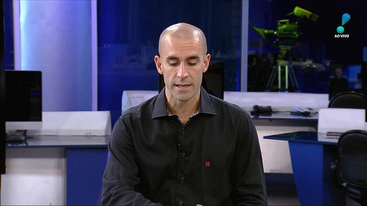 Jornalista André Lucena - Foto: Reprodução/RedeTV!