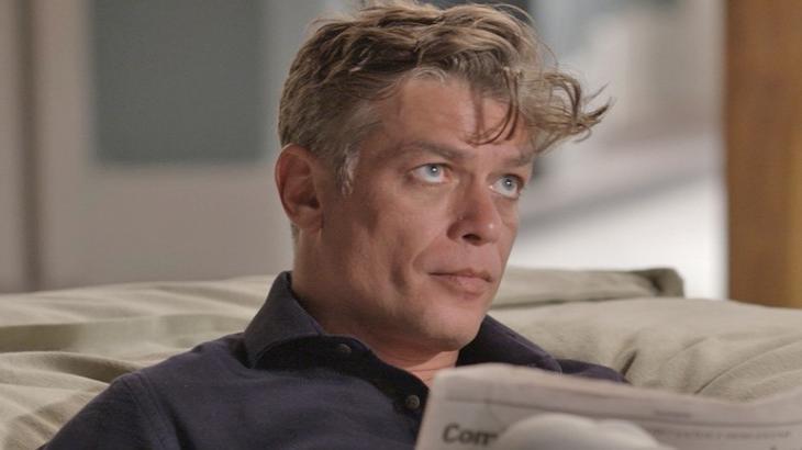 Arthur reage mal aos conselhos do pai em Totalmente Demais - Reprodução/TV Globo