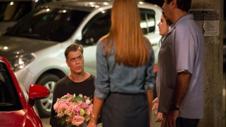 Arthur fica surpreso com recusa de Eliza em Totalmente Demais: Reprodução/TV Globo