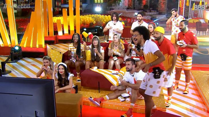 Participantes do BBB21 na festa do Mc Donalds