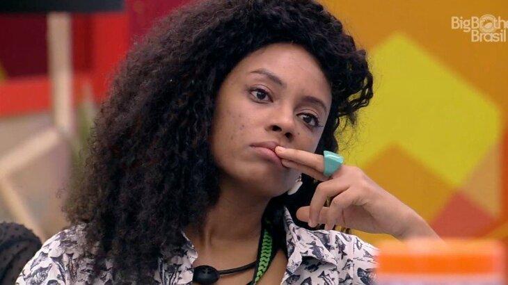 BBB21: Camilla conforta Lumena após desentendimento