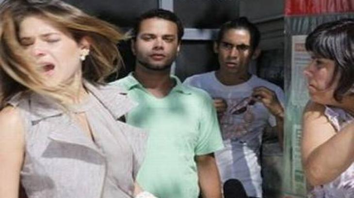 Bia leva tapa na cara em Fina Estampa - Reprodução/TV Globo