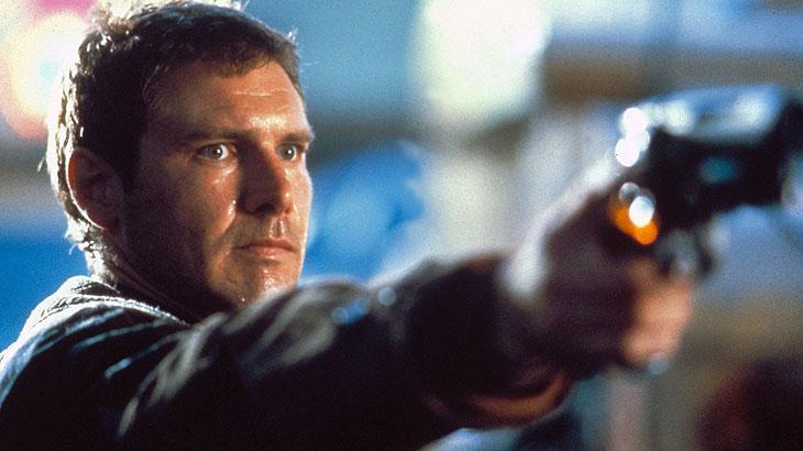 """""""Blade Runner"""": neste caso, estamos falando da produção original lançada em 1982. Estrelado por Harrison Ford, o filme foi responsável pela introdução do espectador ao universo Cyberpunk."""