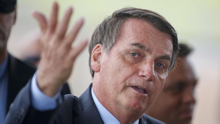 Famosos se revoltam com gasto de R$ 15 milhões de governo Bolsonaro com leite condensado