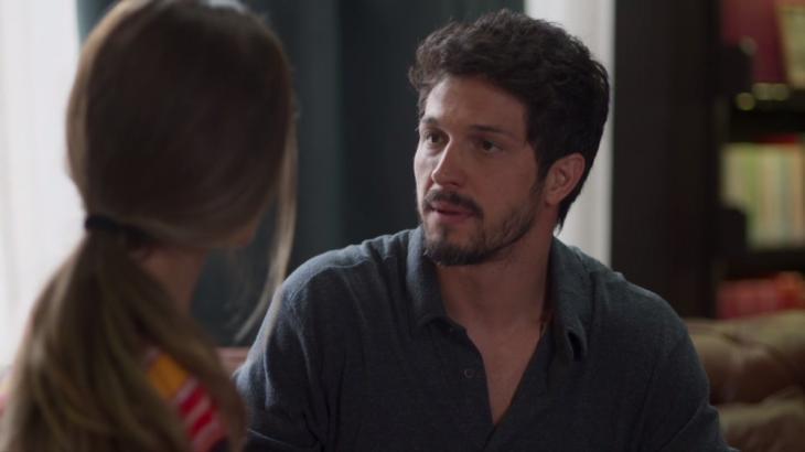Marcos sentirá ciúme do pai com Paloma (Foto: Globo/Reprodução)