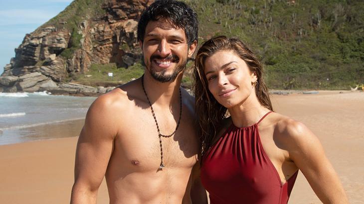 Paloma e Marcos sentem forte atração um pelo outro - Reprodução