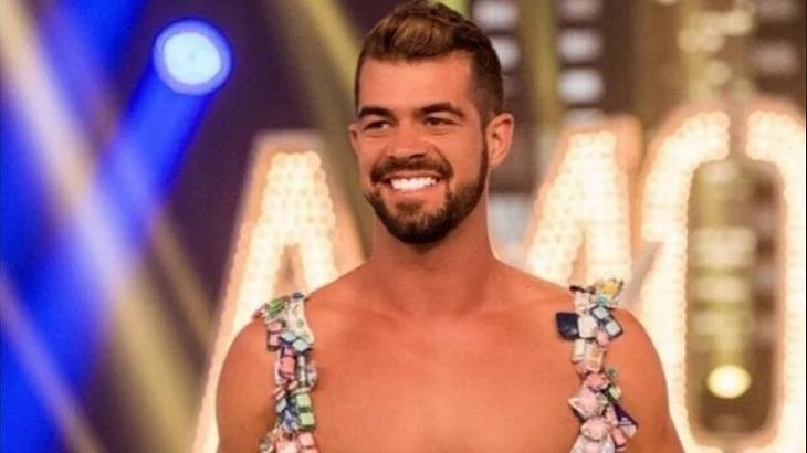 Borat de Amor & Sexo deixa CTI e dá primeiros passos após ser baleado