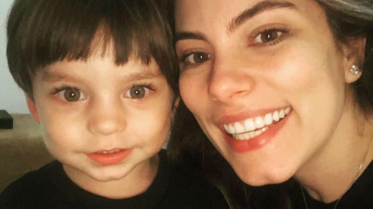 Bruna Hamú ao lado do filho, Julio - Reprodução/Instagram