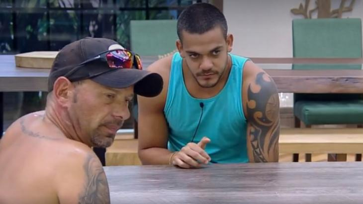 Caíque e Rafael durante conversa sobre a final do reality - Foto: Reprodução