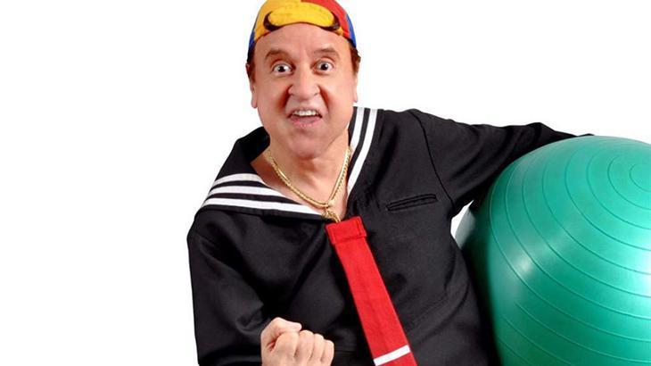 Carlos Villagrán vestido de Quico