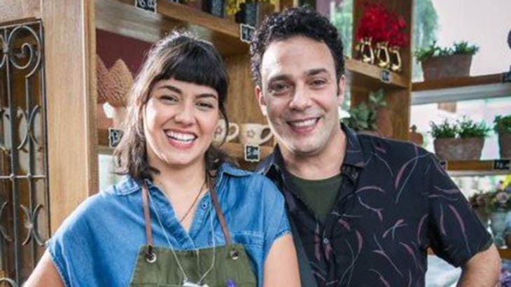Abner se aproveita da falta de memória de Sara - Divulgação/TV Globo
