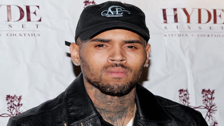 Chris Brown se revolta com foto de Rihanna ao lado de Donald Glover
