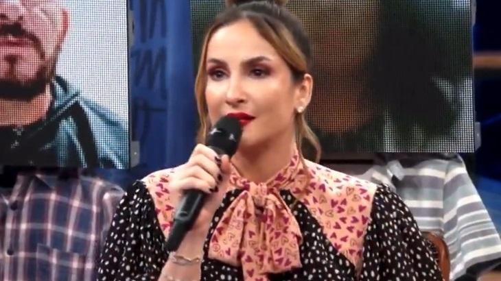 Claudia Leitte em entrevista ao Altas Horas, na Globo