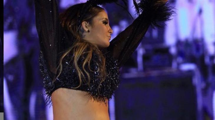 Claudia Leitte em show realizado em Trancoso - Foto: Reprodução