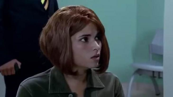 Quando me Apaixono: Corina é presa, confessa crime e livra Constanza da cadeia