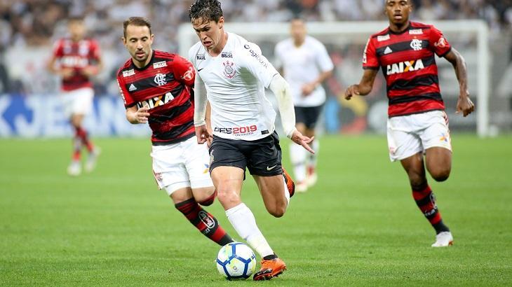 Com exibição na Globo e SporTV, torcedores se preparam para Corinthians e Flamengo