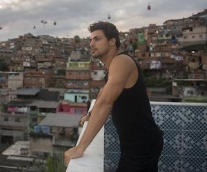 """""""Alemão"""" estreia na Globo elevando audiência da faixa em SP e no Rio"""