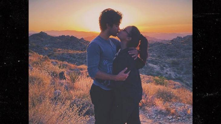 Demi Lovato e namorado