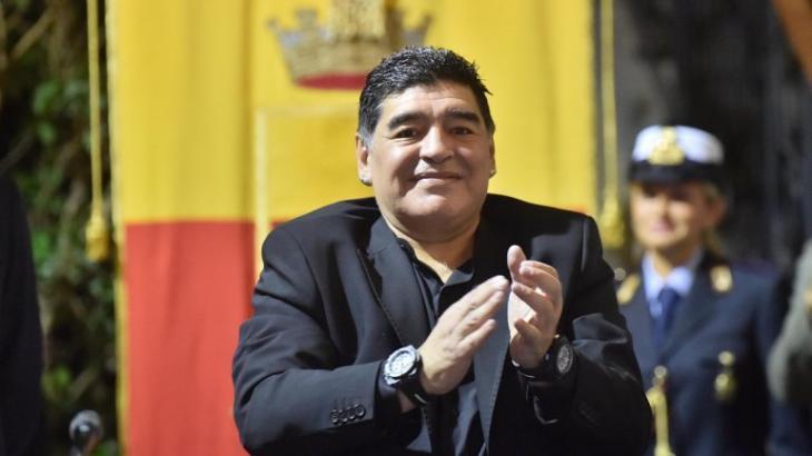 Pelé ou Maradona?