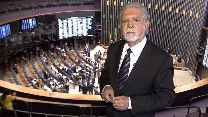 """Os consagrados \""""cabeças brancas\"""" que fazem sucesso no jornalismo do Brasil"""