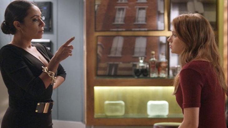 Dorinha entrega aposta para Eliza em Totalmente Demais - Reprodução/TV Globo