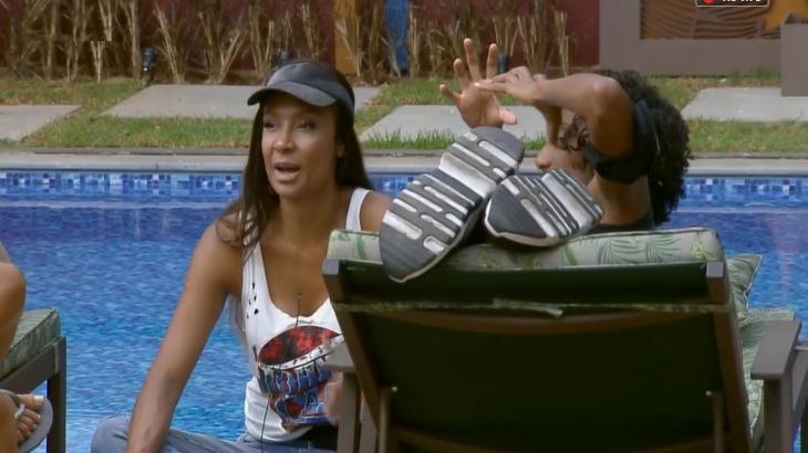 """Drika Marinho revela que está há uma semana sem lavar o cabelo em """"A Fazenda 11"""""""