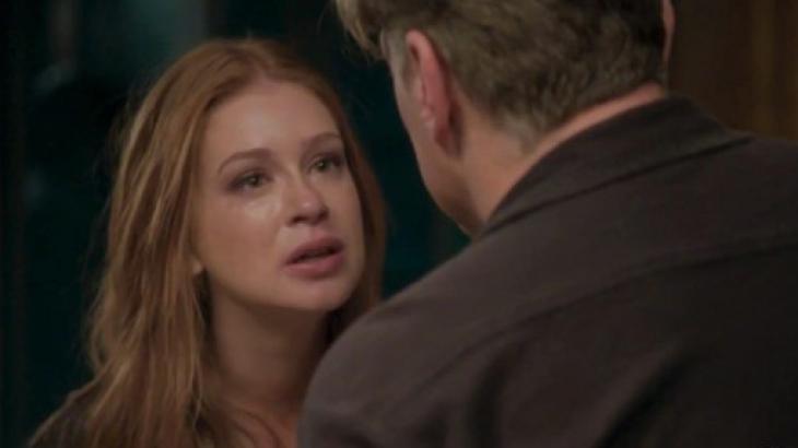 Eliza em briga com Arthur: