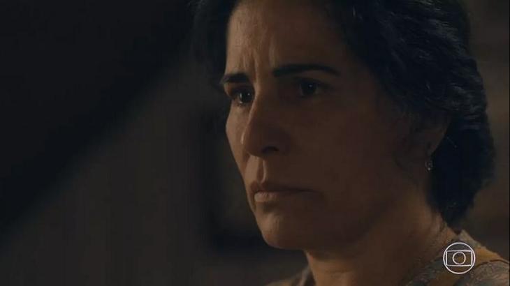 """Éramos Seis: Afonso dá opinião para Lola e irrita Julinho: \""""Por que está se metendo?\"""""""