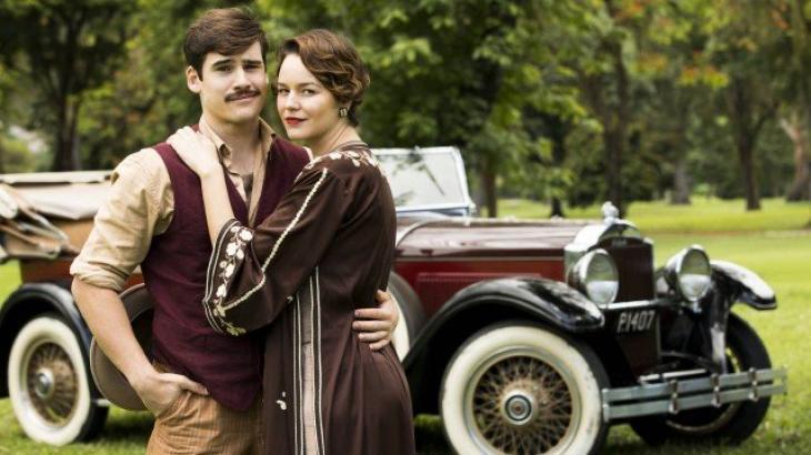 Alfredo e Adelaide engatam romance - Divulgação/TV Globo