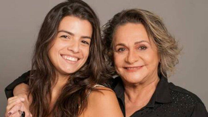 Fafy Siqueira posa com a esposa e sofre ataques na web