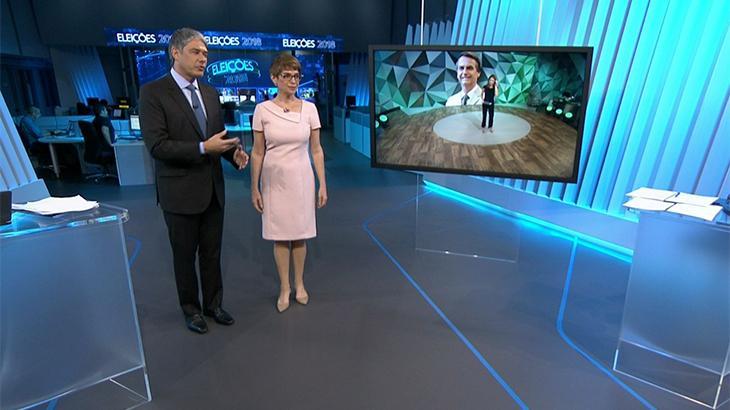 William Bonner e Renata Lo Prete comandaram a central das eleições da Globo durante o