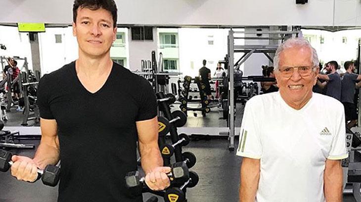 Faro e Carlos Alberto na academia