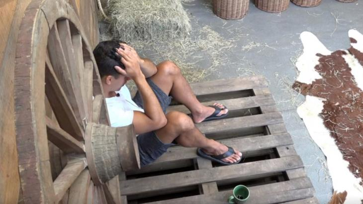 Felipe Sertanejo chora - Foto: Reprodução