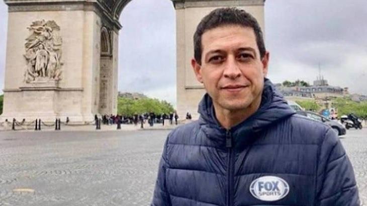 O repórter Fernando Caetano em cobertura para a Fox Sports