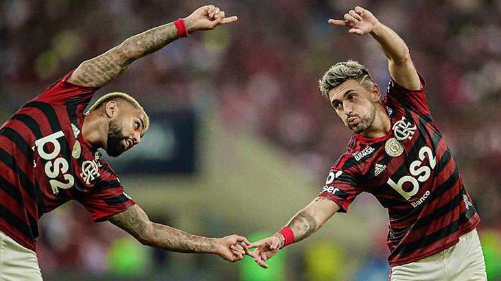 Gabigol e Arrascaeta comemorando gol do Flamengo - Foto: Reprodução
