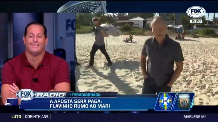 Comentarista Flávio Gomes pagou aposta ao vivo - Foto: Reprodução/Fox Sports