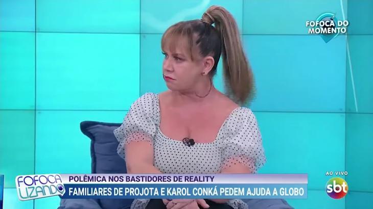 """No Fofocalizando, Flor diz que SBT está """"às moscas"""" e """"em crise"""""""