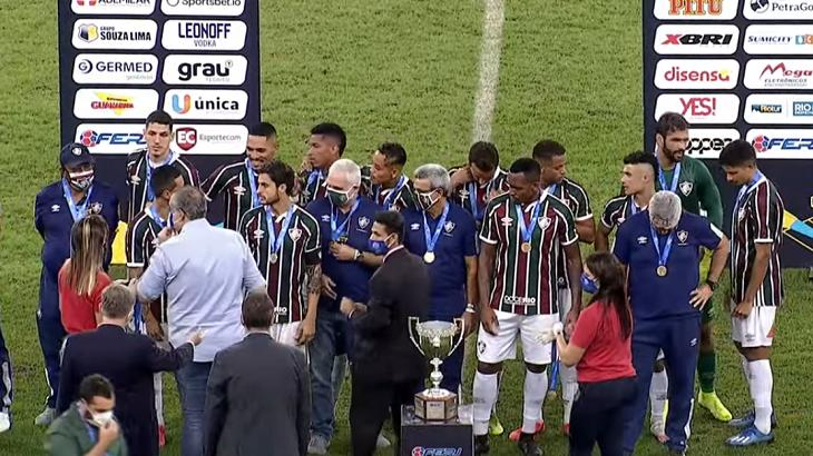 Final entre Fluminense e Flamengo supera Marília Mendonça e é a maior live do YouTube